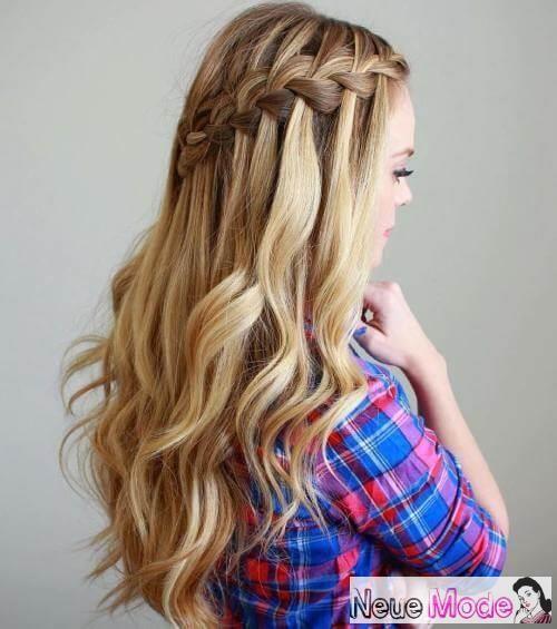 Halboffene Frisur Neue Halboffene Frisuren 2019 Abiball Frisuren Halboffen Geflochtene Frisuren Wasserfall Frisur Frisur Hochgesteckt