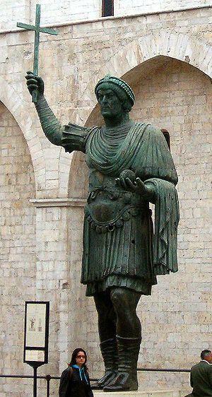 alfarano sindaco barletta statue - photo#12