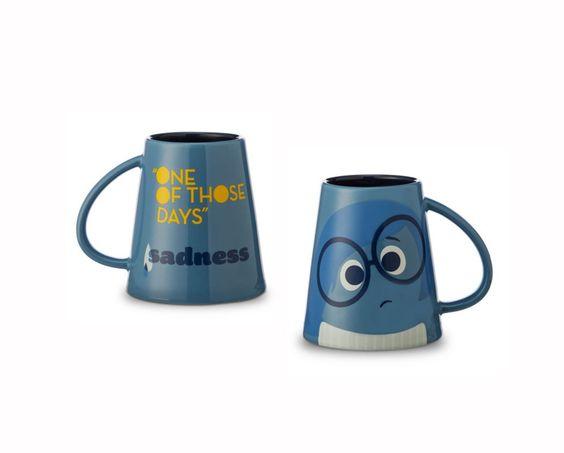 """disney """"alles steht kopf"""" kummer becher tasse cup mug: amazon.de"""