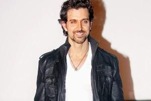 Hrithik's film moves from Kashmir to Manali