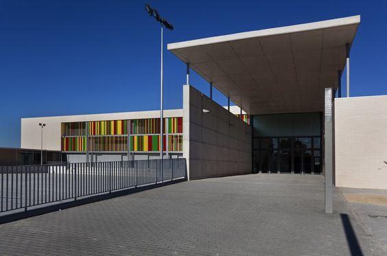 Arabista Ribera School / Victor García Martínez