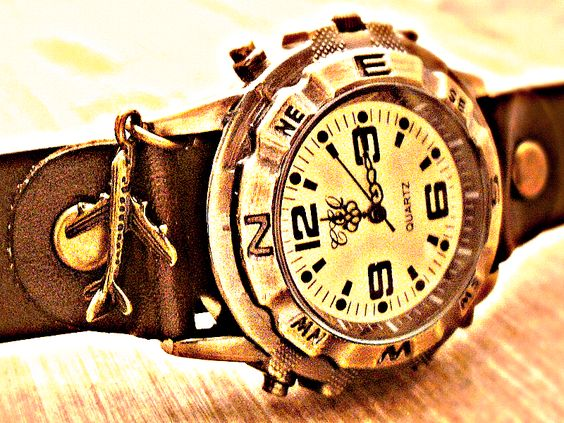 Armbanduhren - STEAMPUNK - Echtleder Armbanduhr Bronze Vintage  - ein Designerstück von Kleines-Karma bei DaWanda