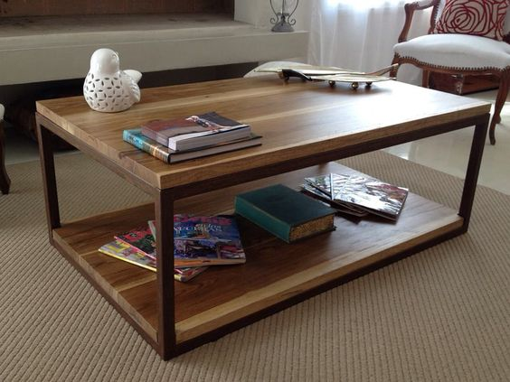 Mesa supercl sica petirib hierro xido y madera for Mesas de living