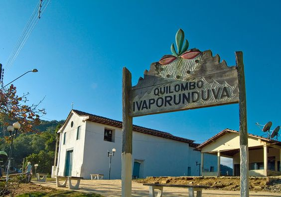 Quilombo do Ivaporunduva em Eldorado-SP na região do Vale do Ribeira.    Viste o Site http://www.ovaledoribeira.com.br/ e conheça mais sobre a região.