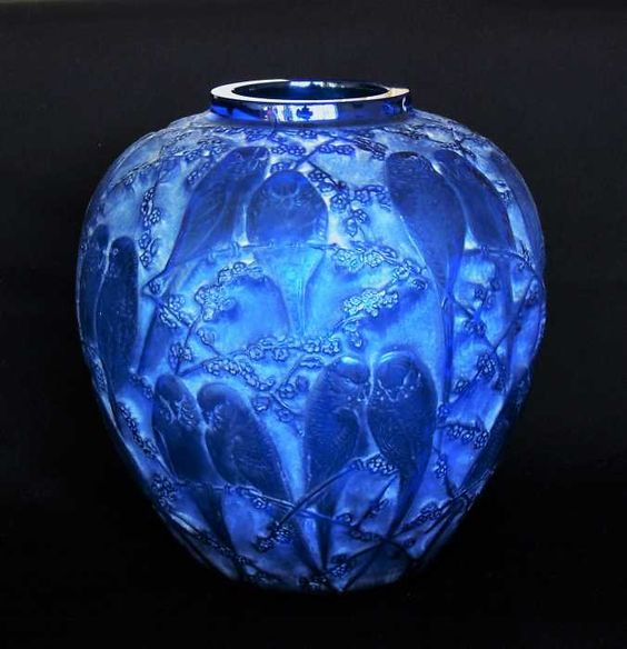 René Lalique Glass - Perruches Vase c.1919. | via rlaliqueglass.com