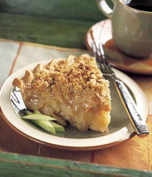 Cinnamon Crumb Apple Pie