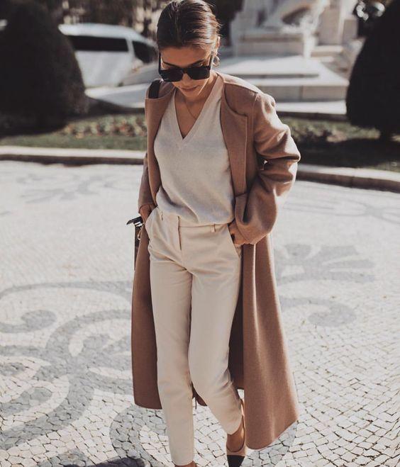 Модные идеи в бежево-белых тонах для элегантного осеннего образа   Новости моды