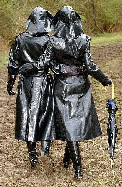 Rubber klepper couple