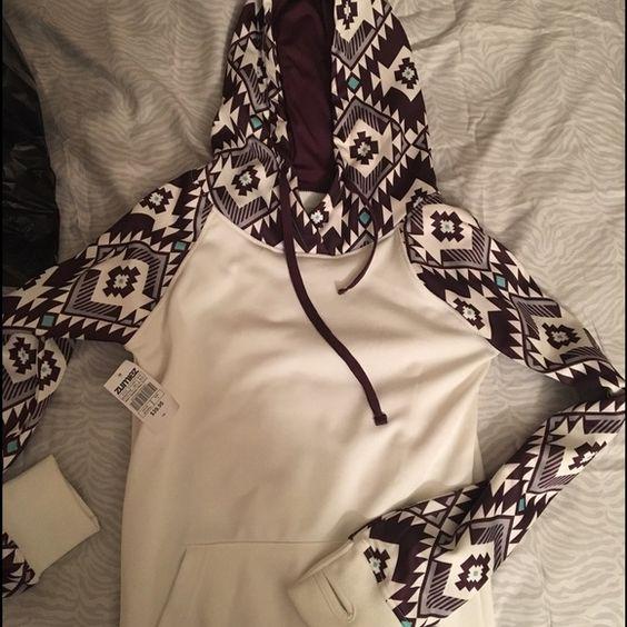 Girls Zumiez tribal hoodie White with tribal print Zumiez Tops Sweatshirts &…