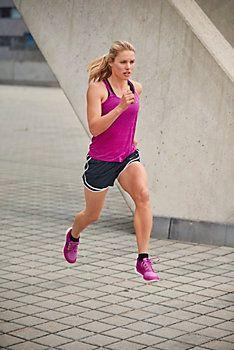 Nike Laufshorts Damen schwarz im Online Shop von SportScheck kaufen