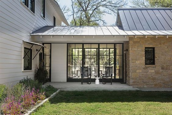 Enclosed Breezeway With Glass And Doors Modern Farmhouse Exterior Farmhouse Exterior Exterior Design