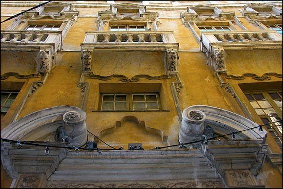 Palais Lascaris - détail de la façade