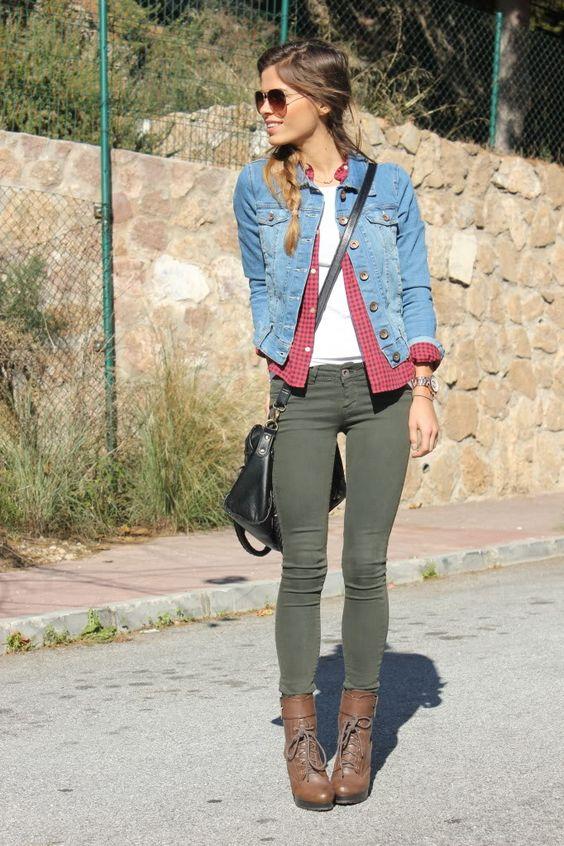 I love this look. (Tengo todas las piezas!!! Creo que enloquecere) green denim white brown