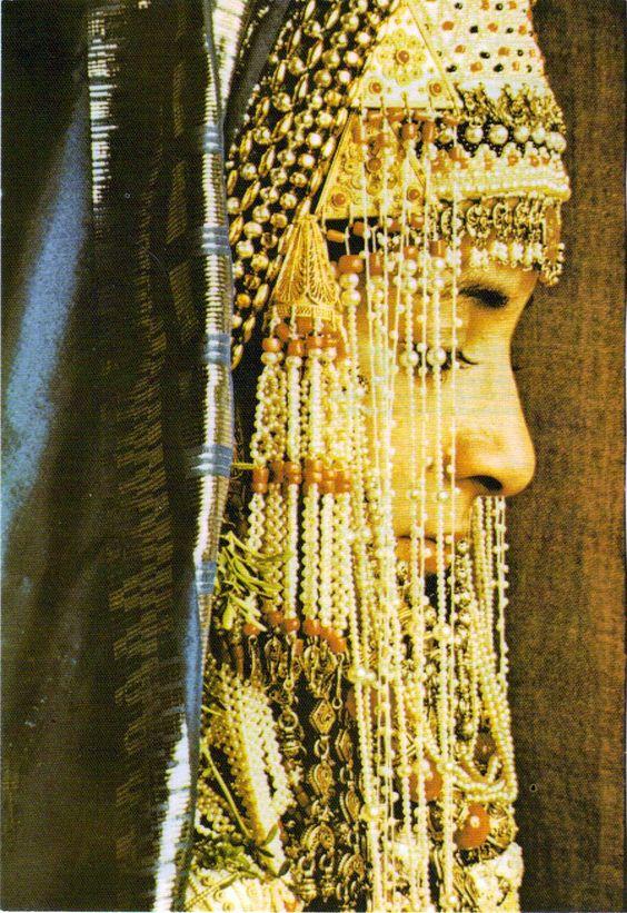 A yemenite jewish bride in israel unknown via roman for Ancient jewish wedding dress