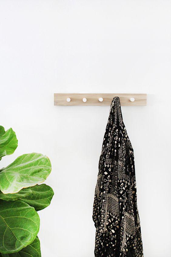 diy simple wood coat rack