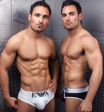 Essex Twins Nude 92