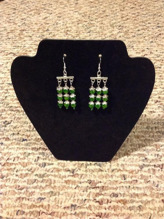 Green and Silver Toned Medium weight by JewelryByLinda0425 on Etsy, $20.00