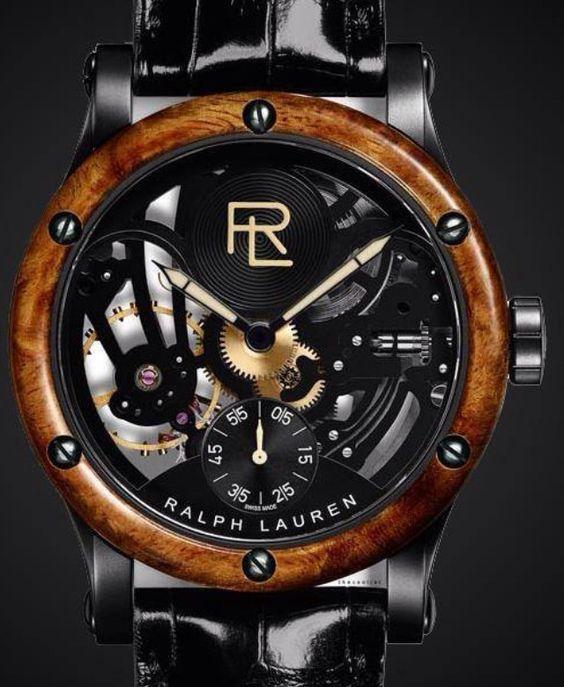 Sobres mais élégantes avec la Ralph Lauren à découvrir sur Leasy Luxe www.leasyluxe.com #deep #black #gold #leasyluxe