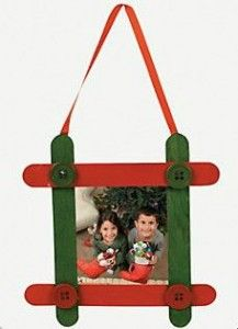 Craft stick picture frame picture frame ornaments for Popsicle stick picture frame christmas