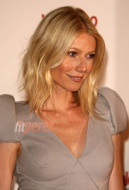 Love Gwenyth Paltrow's hair here... She should wear it like this more often!