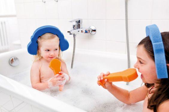 Je hebt ze ook in de vorm van een roze kroon... lekker spelen in bad. Donkey Products