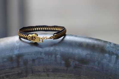Elemental Carbon: Zipper Bracelet // DIY // Repurpose October