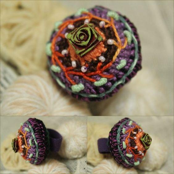 Bague textile en coton crocheté ref 02