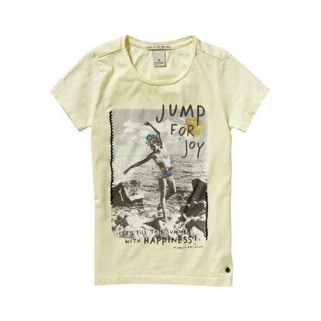 T-SHIRT SCOTCH R'BELLE T-Shirt per bambina della Scotch R'Belle in puro cotone color citronella con effetto sbiadito e una grande stampa fotografica sul davanti, una t-shirt Scotch R'belle per la vita di tutti i giorni. #scotchsoda #scotchrbelle #tshirt #magliette #abbigliamento #clothing #bambina #bimba #ragazza #girl #child #children #teeneager #kids #junior #teen #shopping #negozionline #eshop #ecommerce #fashion #moda