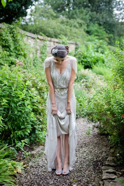 1930s vintage glamour wedding inspiration at country hotel - bride wears Eden by Jenny Packham
