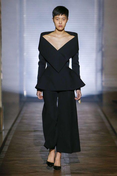 Givenchy, Primavera/Verano 2018, París, Alta costura