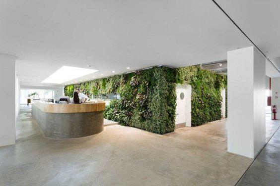 Espaço Espelho d'Água by Vertical Garden Design - http://www.interiorredesignseminar.com/interior-design-inspirations/espaco-espelho-dagua-by-vertical-garden-design/