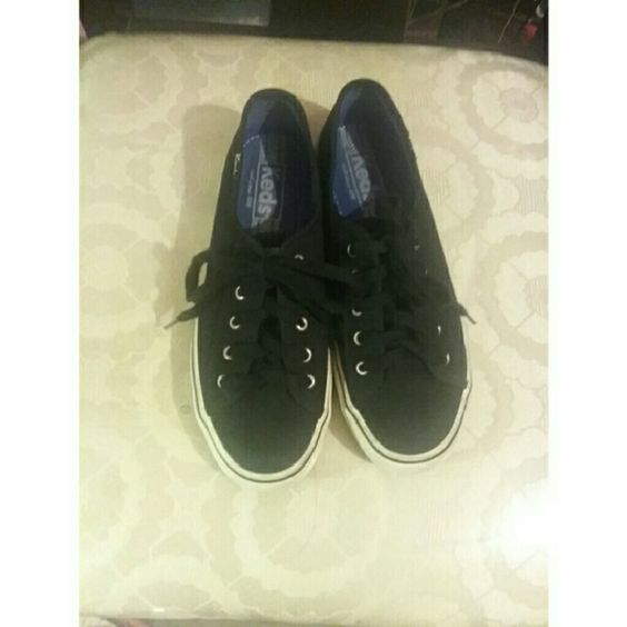 Black Keds Like New used keds in black, size 5.5 very cute. If you have any questions please feel free to ask & offers are welcome!☺ keds Shoes Sneakers