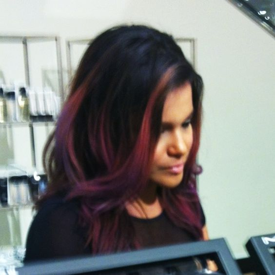 Love this girl's hair so I secretly took a picture of her!