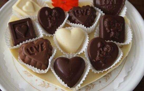 Corazones de chocolates para el corazón de tu vida .