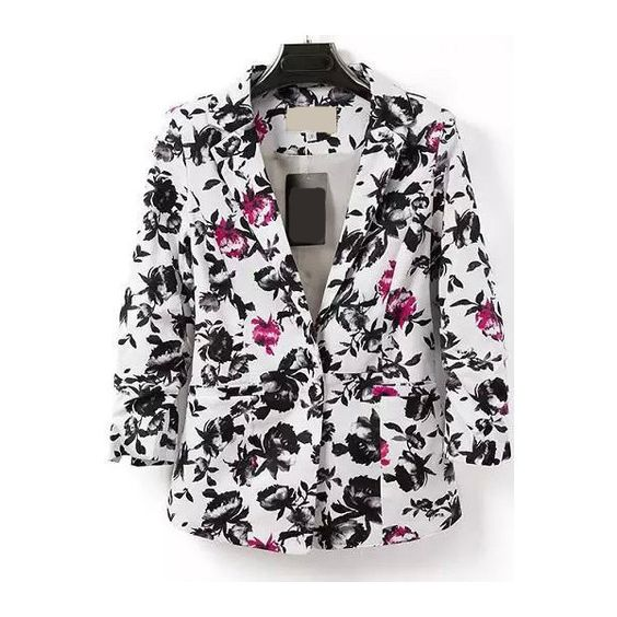 Notch Lapel Single Button Florals Slim Blazer (¥2,575) ❤ liked on Polyvore featuring outerwear, jackets, blazers, black and white, slim fit blazer, flower print jacket, collar jacket, fitted blazer and black and white jacket