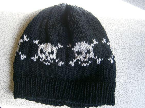 "Mütze ""Skull"" Unisex KU 42-54 von BlackSheepFactory auf DaWanda.com"