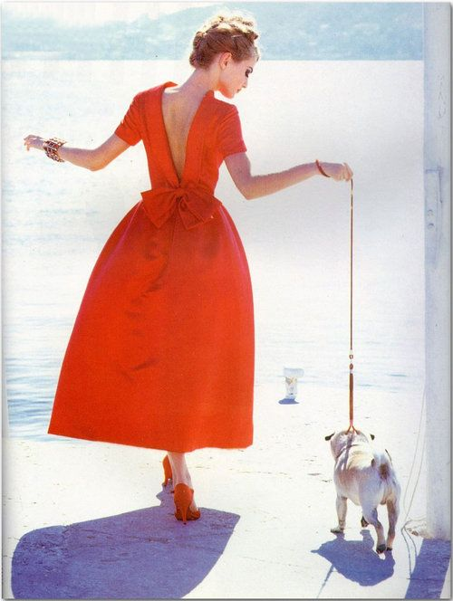 :: how I want to look walking my dog ::
