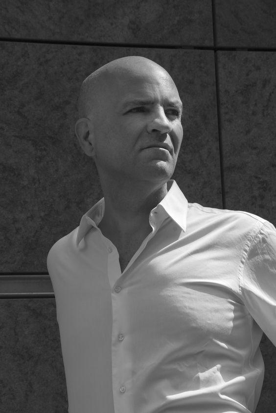 Marco Eugenio Di Giandomenico by Roberto Rosso (Piazza Gae Aulenti, Milano, 6 luglio 2015)