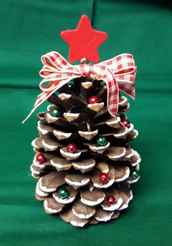 Il centro tavola è un elemento che non può mancare tra i decori natalizi. Lavoretti Di Natale Facili E Semplici Per Bambini Mammachefiglio It