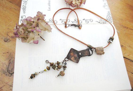 La Fureur d'Envie : un collier minimaliste et par annemarietollet