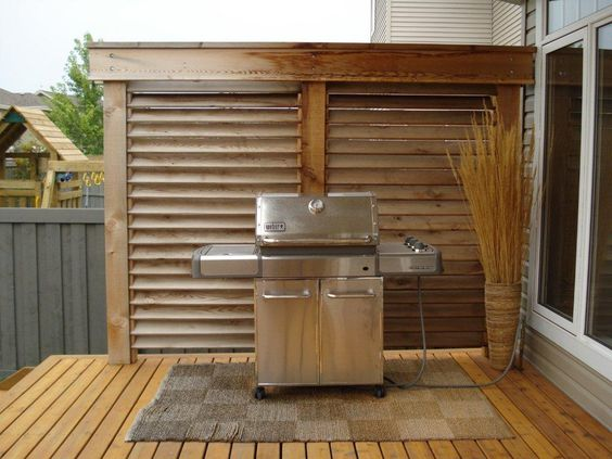 Wood deck with paneled walls google search deck ideas for Wooden privacy walls for patios