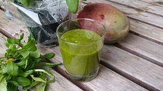 Smoothie Mango-Feldsalat-Basilikum