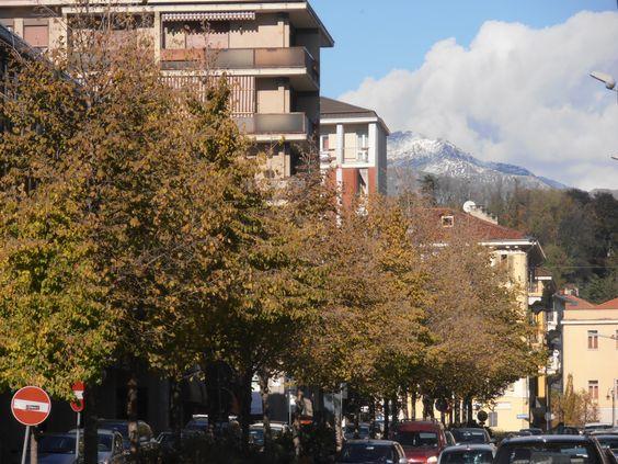Il nostro appartamento si trova nel centro di Biella, in un quartire che ha visto il suo sviluppo negli anni '40.