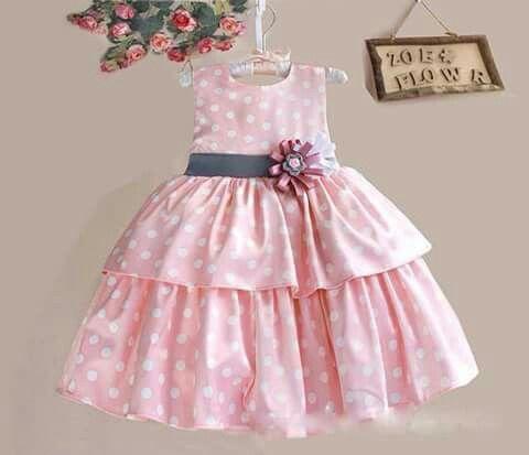Vestido infantil de bolinhas charmoso