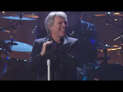 Bon Jovi Perform Livin On A Prayer At The 2018 Rock Roll Hall Of Fame Induction Ceremony Youtube Bon Jovi Bon Jovi Videos Rock And Roll