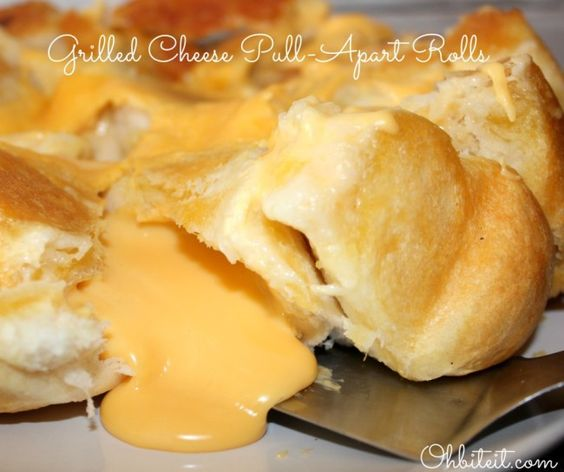 Barbecue Chicken Biscuit Pull-Apart With Buttermilk Ranch Recipe ...