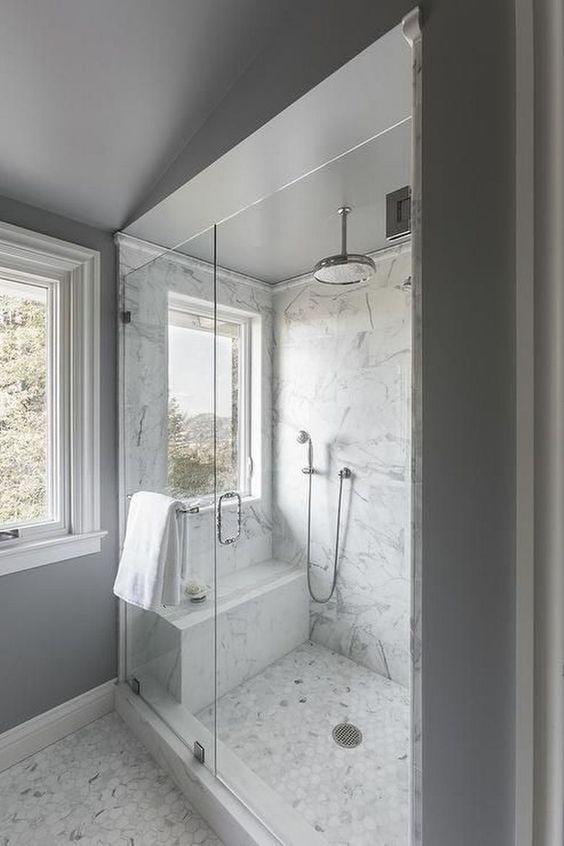 Walk In Tus Kabine Jutarnji List Window In Shower Master Bathroom Shower Shower Remodel