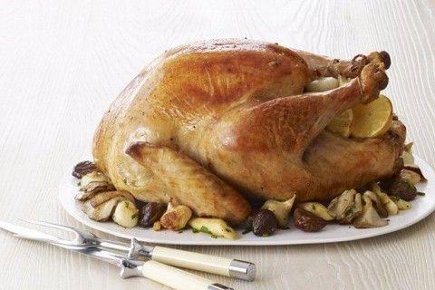 طريقة تحضير الديك الرومى بالكستناء وصفة لكي Recipe Turkey Recipes Thanksgiving Best Thanksgiving Turkey Recipe Food Network Recipes