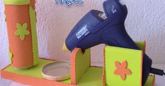 Cómo hacer una base para la pistola de silicona con goma eva
