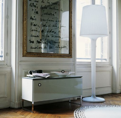 Write quote on mirror.Love this Idea!